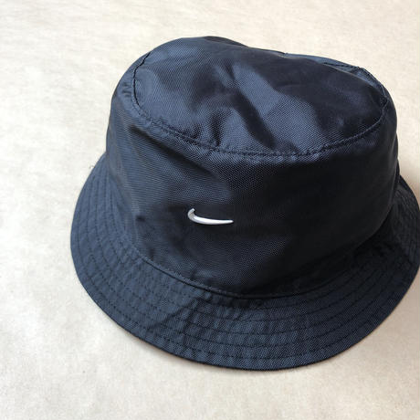 Nike nylon bucket hat