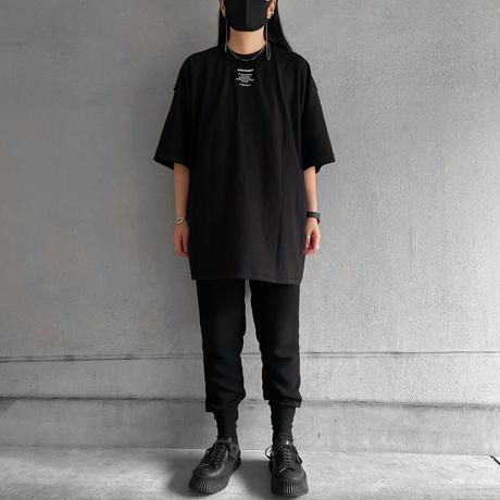 """【New】T-shirts """"front neck"""" print"""