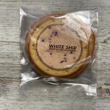 クリーム in バウム MIX6種入 チョコレート・チーズ・抹茶・ブルーベリー・ストロベリー・コーヒー ※ご注文が大変集中しておりお届けまで最長1ヶ月頂きます事をご了承の上ご注文お願いします。