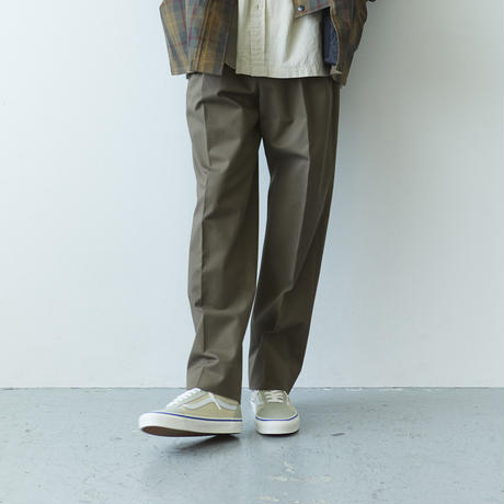 nuterm / 52 Two Tuck Trousers