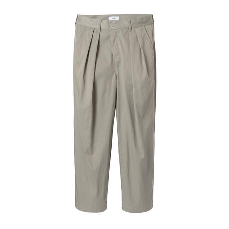 nuterm / Two Tuck Wide Trousers