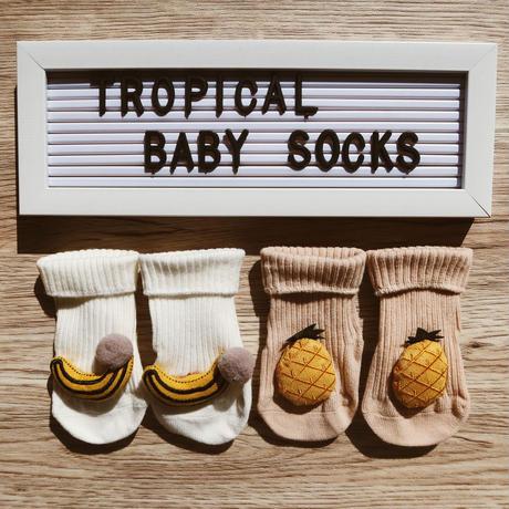 3D banana&pineapple baby socks (2pcs) / 3Dバナナとパイナップルのベビーソックス(2足組)