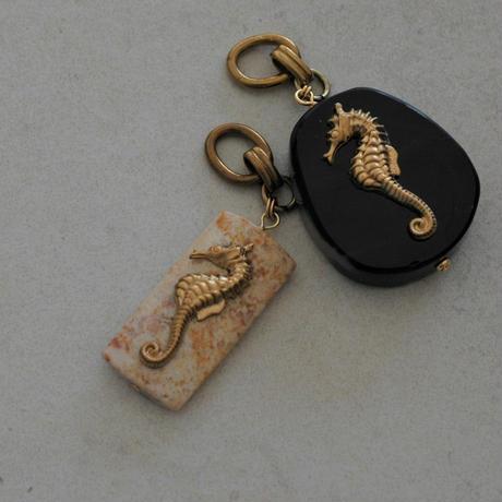 Sea Horse choker necklace