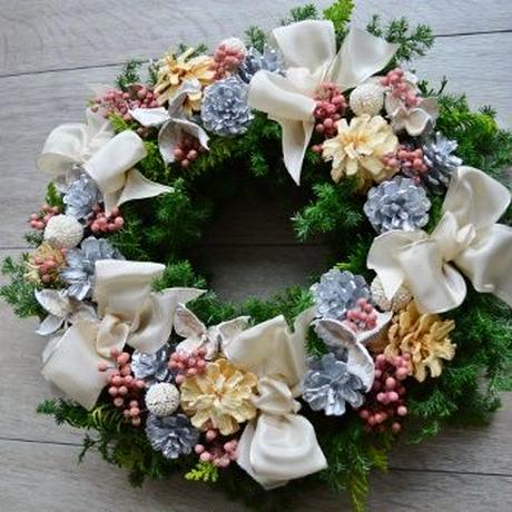 杉とヒバのクリスマスリース 「ピュアホワイトリボン」