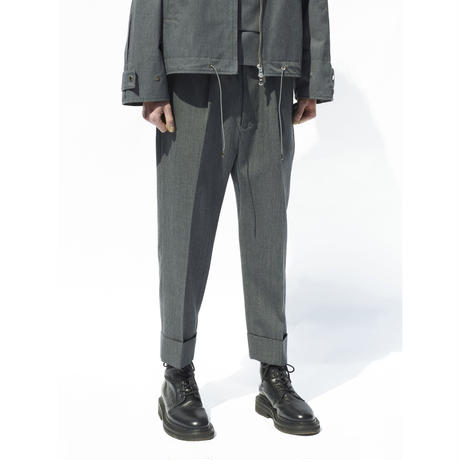 PLEATED CROP TROUSERS