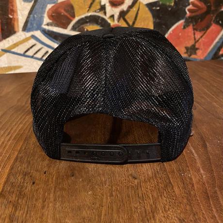 CUMBIAメッシュキャップ ブラック刺繍