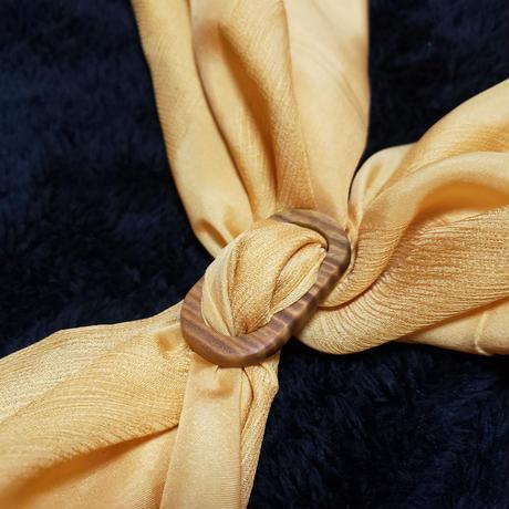 パロサントのスカーフリング