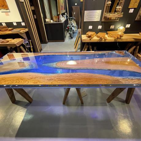 River Table 欅 カリブの宝石