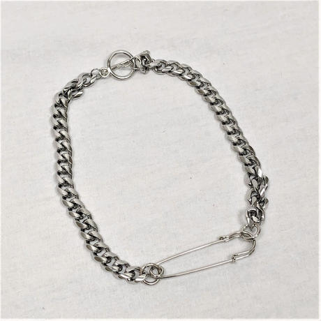 予約注文受付11/26-12/22[Hand made]Surgical Safety Pin Chain Necklace