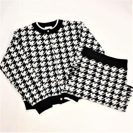 Houndstooth Pattern Knit Setup