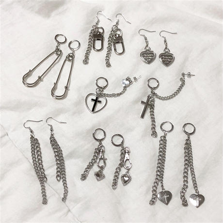 予約注文受付11/26-12/22[Hand made]Double Chain Earrings