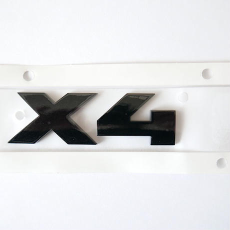 BMW純正 G02 X4 ブラック モデルレター エンブレム Black Painting Letterings.