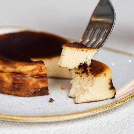 バスク風チーズケーキ 4個入り