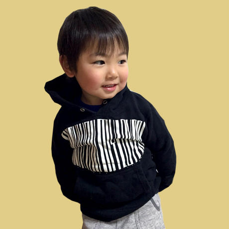 【KIDS】Thanks Barcode Crew neck