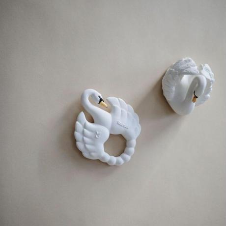 natural teether swan