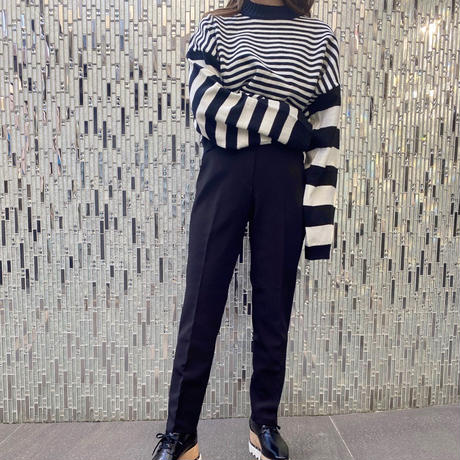 mix border cropped knit / 2color