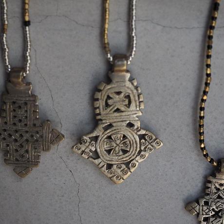 Ethiopian cross necklace -beige-