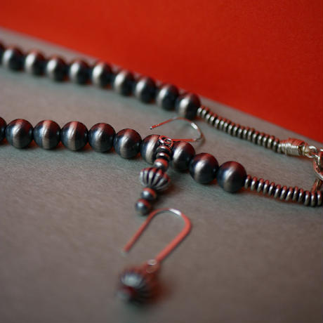 najova pearl necklace  with yázhi pierce/earrings