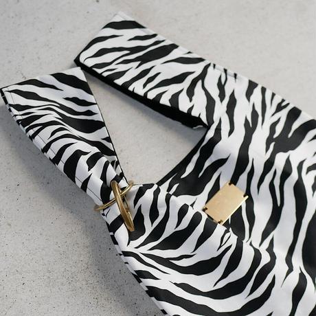 personal bag BLACK×WHITE