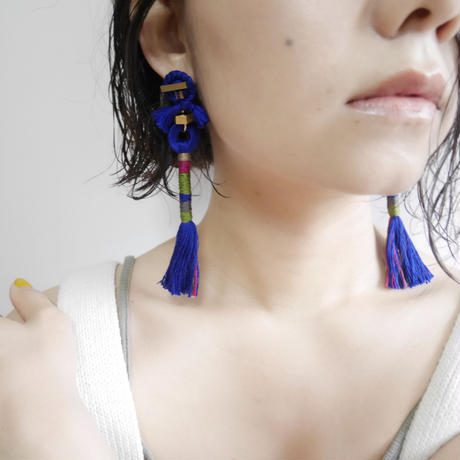 straight yarn pierce /earrings BLUE