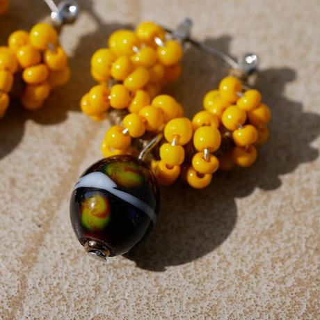 India grass pierce/earrings - mustard-