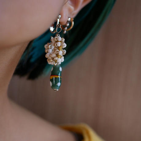India grass pierce/earrings -white,green-