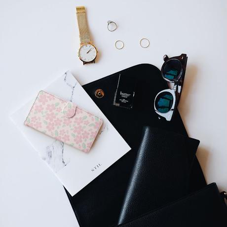 【しあわせ和柄スマホケース 手帳型】桜 <iPhone専用ケース固定タイプ・Android粘着テープ固定タイプ>