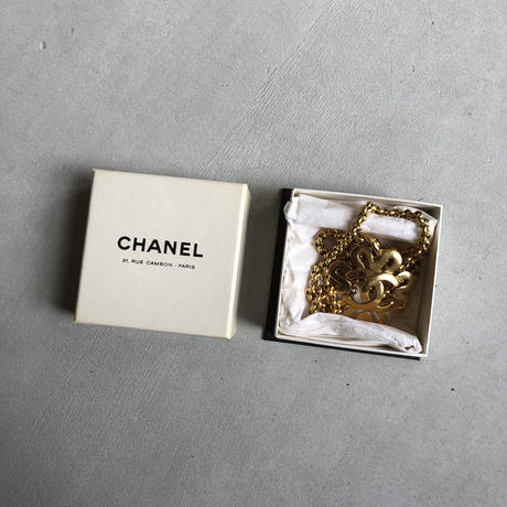 90s CHANEL Gold Necklace