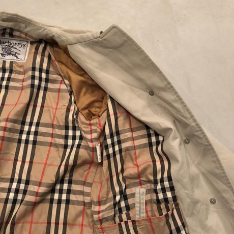 Burberrys Single Trench Coat