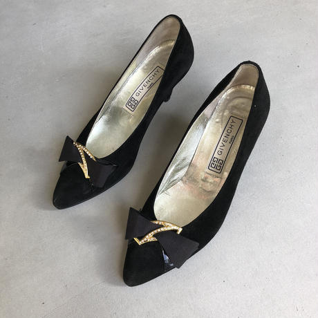 Old GIVENCHY Velour Pumps