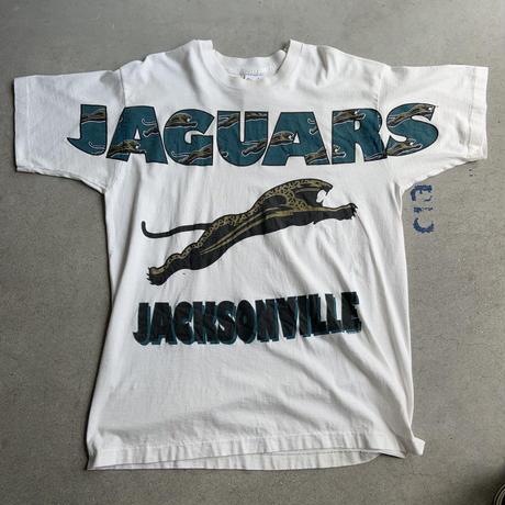 Jaguar Big print tee WHT