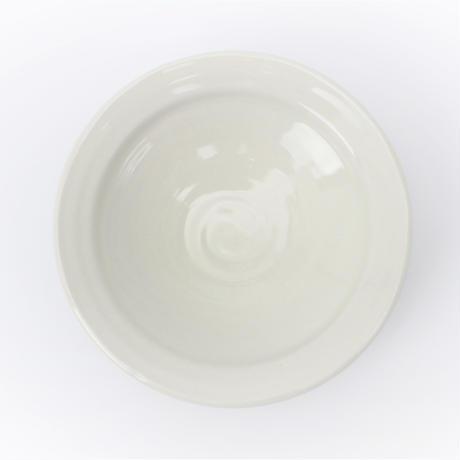 アイボリ-(リム付)4.0高台丸皿    く09-079-10 寸法:13φ×4H㎝ 190g