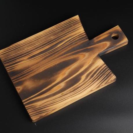 焼杉のカッティングボード