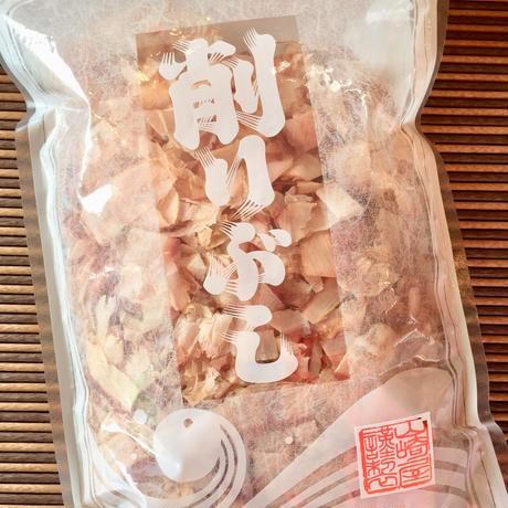 花かつお 100g 鹿児島県 枕崎産 お出しに、ご飯に、卵かけご飯、お好み焼き、焼きそばにも!