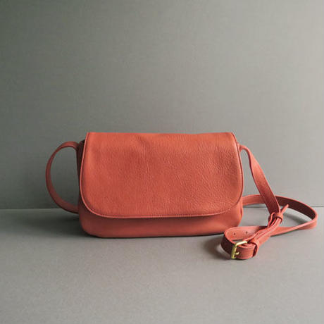 plain shoulder bag   (red)