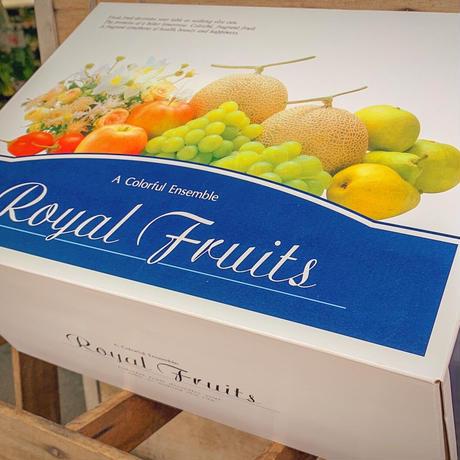 【店頭お渡し】【予約商品】旬のフルーツの盛り合わせ~ギフトBOX~