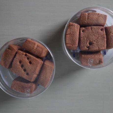 CHOCOLATE SHORTBREAD / チョコレートショートブレッド