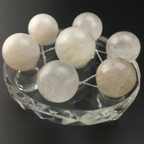 天然水晶丸玉(約23㎜~約28㎜) 七星盤(ガラス製) セット