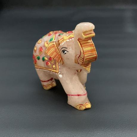幸せを運ぶ神の遣いの象 アベンチュリン  ②