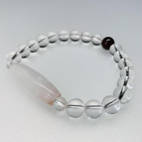 人気の高いマニカラン水晶の天珠型と水晶とガーネットのブレスレット