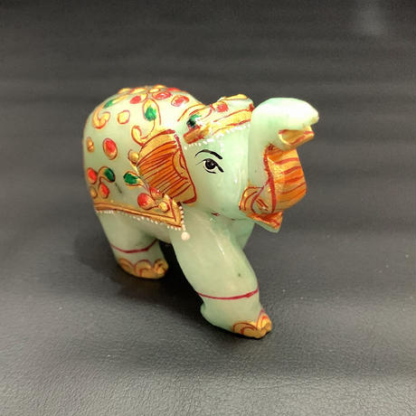 幸せを運ぶ神の遣いの象 アベンチュリン ⑨