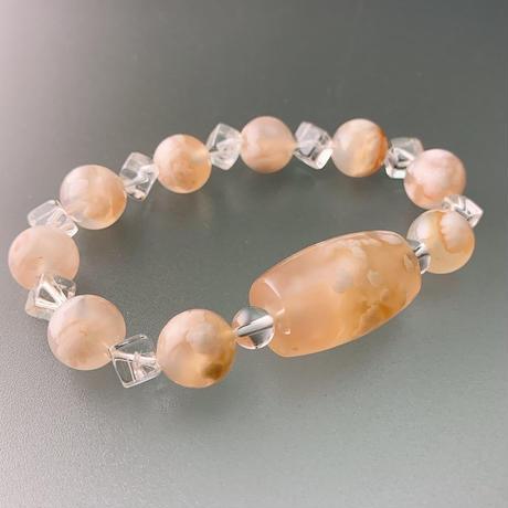 天珠型桜瑪瑙(サクラメノウ)のあるブレスレット Ⅱ