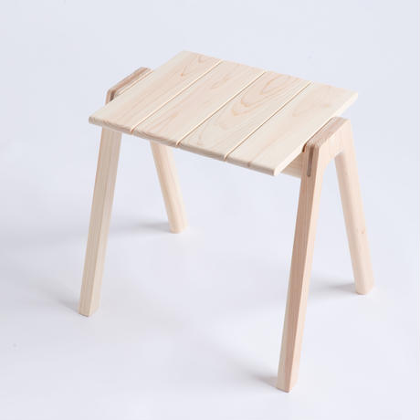 MINAZUKI  STACKING  STOOL  /  ヒノキ