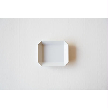 TY Square Plate / Plain Gray / 90