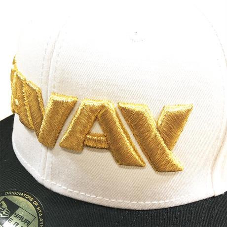 YAVAY キャップ(ホワイト×ゴールド)
