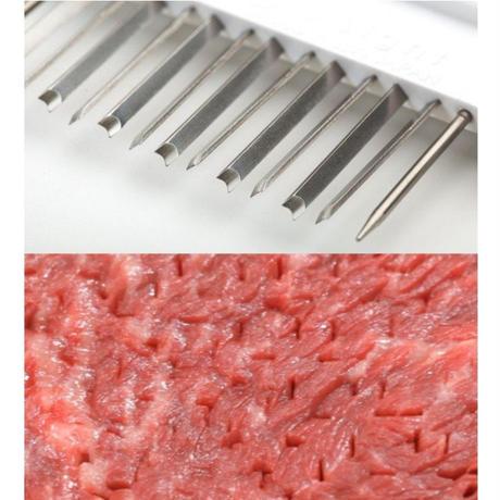 【人生が変わる料理道具掲載!】料理のプロも惚れ込んだ!洗いやすくて使いやすい肉の筋切り器