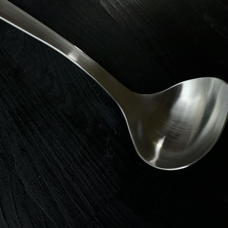 【たけしのニッポンのミカタで紹介】柳宗理デザインの美しすぎるお玉Mサイズ(レードルM)
