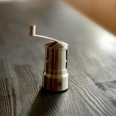 【ミル界のベンツ】細挽き~粗挽きの調節を極めた究極のオールステンレスミル「コペンハーゲン」