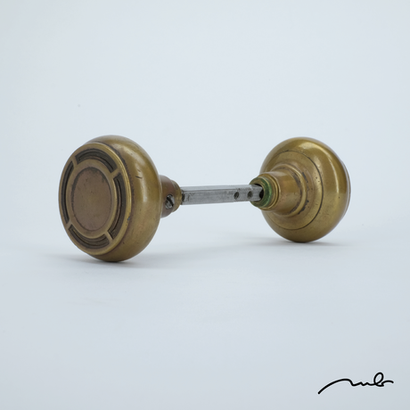 vintage knob 10