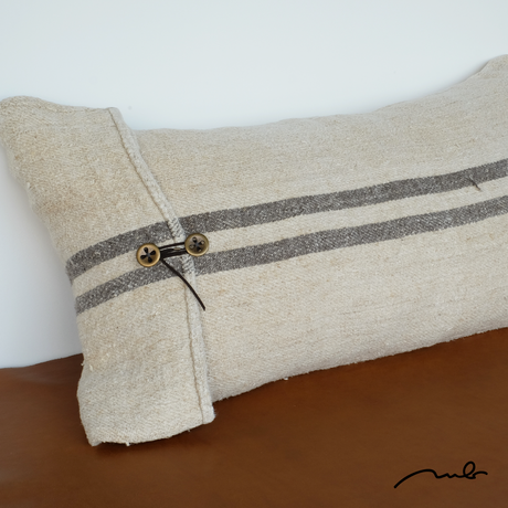 grain sack cushion 01